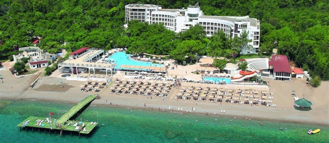 Perre La Mer Hotel