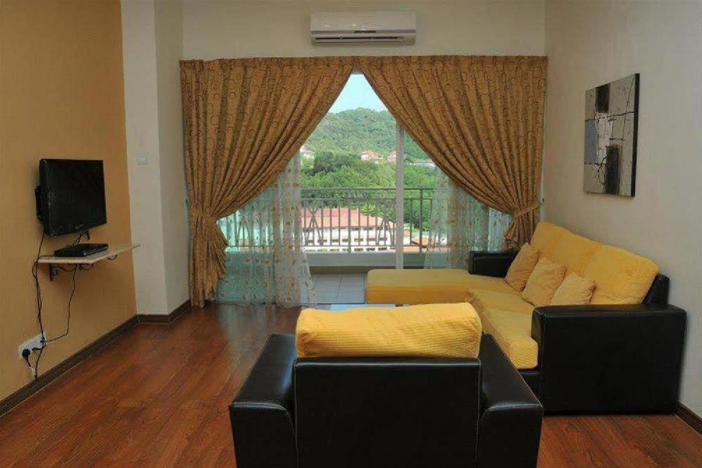 Отель 1 Borneo Tower B Service Apartments