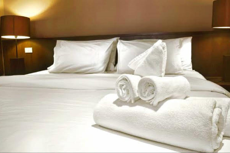 Отель 1 BR Apartment Sleeps 3 - AVA 4312