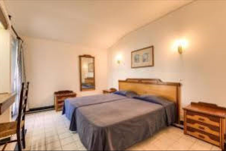 Отель 1 BR Apartment Sleeps 4 - AVA 1165