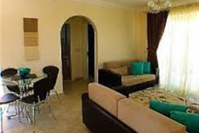 Отель 1 BR Apartment Sleeps 4 - TVL 3848