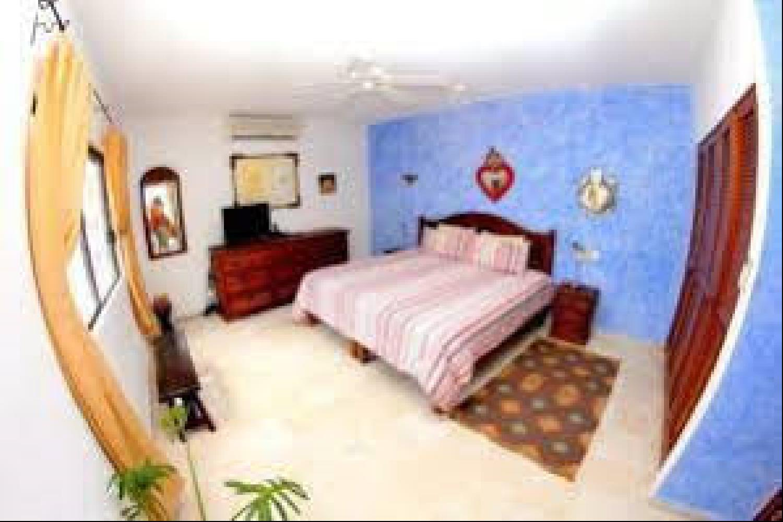 Отель 1 BR Condo Kitchen Sleeps 3 - BRI 8555