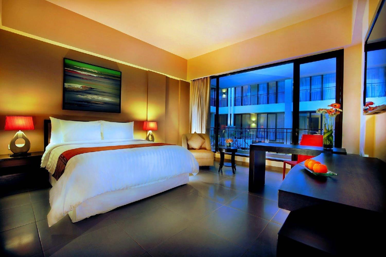 Отель 100 Sunset 2 Hotel