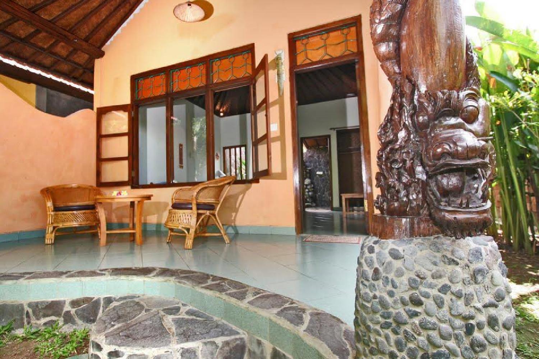 Отель 1000 Dream Bungalow