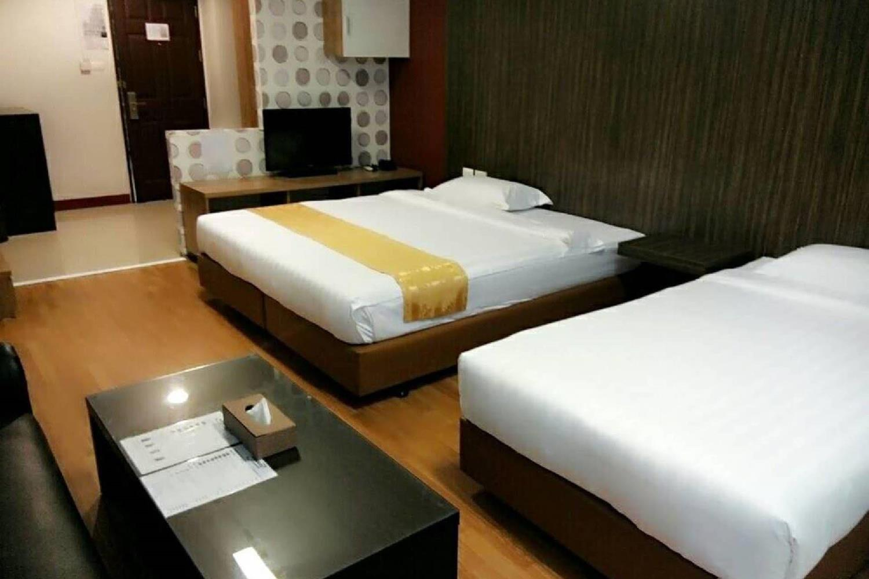 Отель 101 Holiday suite