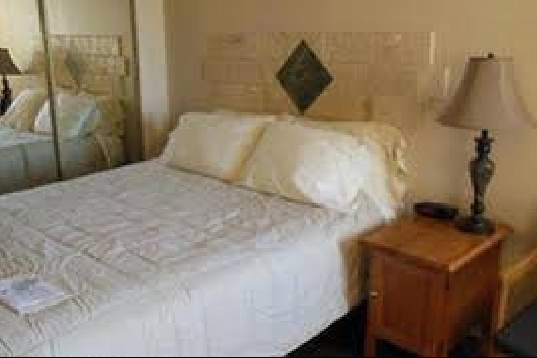 Отель 1026 Oasis Inn
