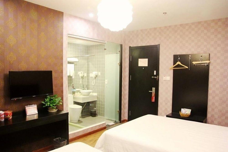 Отель 118 Inn Chain Hotel
