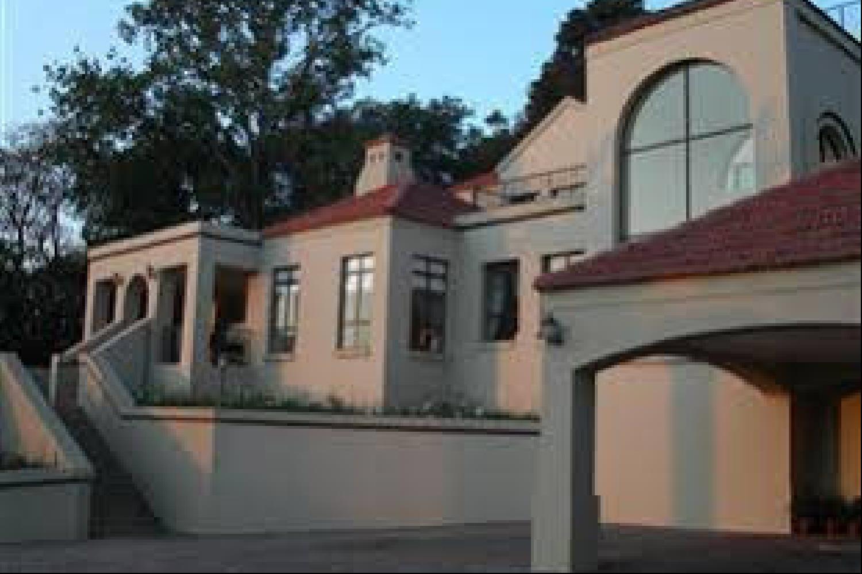 Отель 12 on Hillel Guest Manor