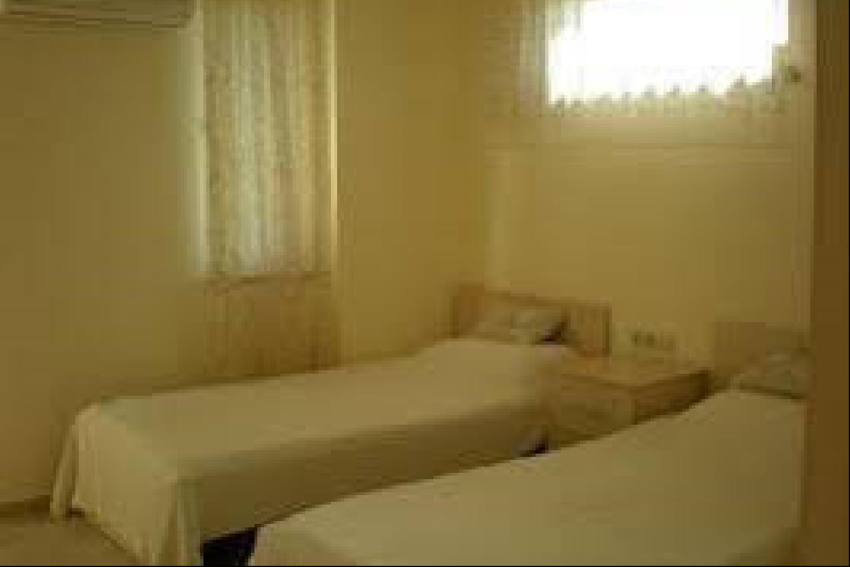 Отель 2 BR Apartment Sleeps 4 - TVL 3794