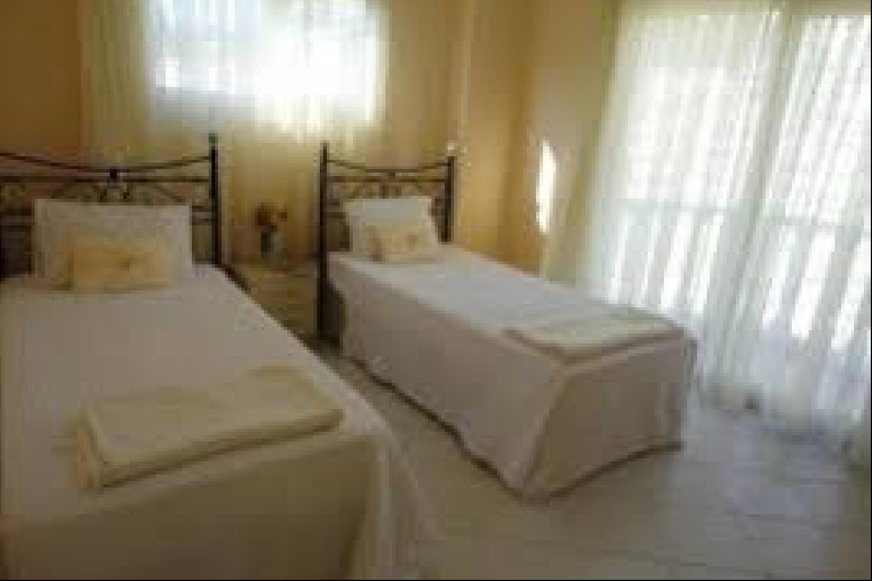 Отель 2 BR Apartment Sleeps 4 - TVL 3838