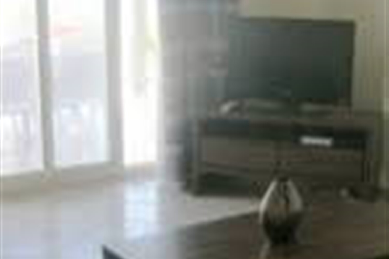 Отель 2 BR Apartment Sleeps 6 - TVL 3835