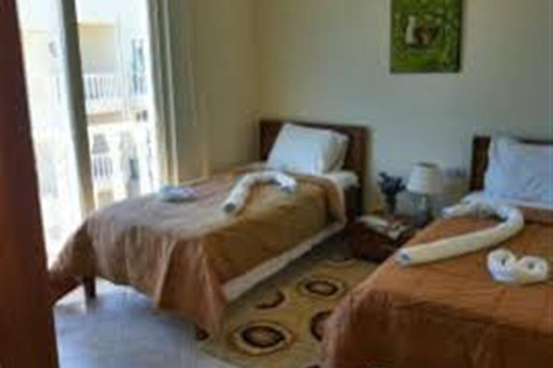 Отель 2 BR Apartment Sleeps 6 - TVL 3858