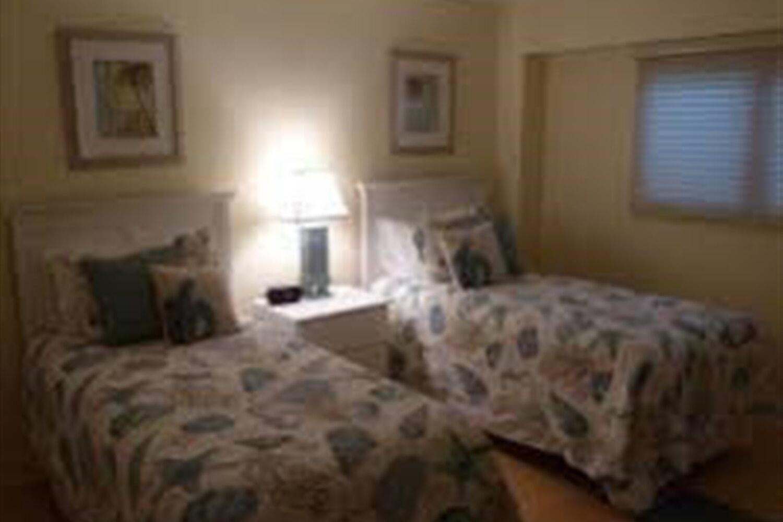 Отель 2 BR Condo Beautiful Sunsets  - Sanibel Harbour Resort - REG 1488