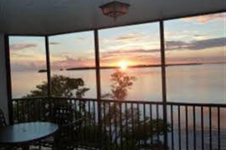 Отель 2 BR Condo Furnished  - Sanibel Harbour Resort - REG 1482