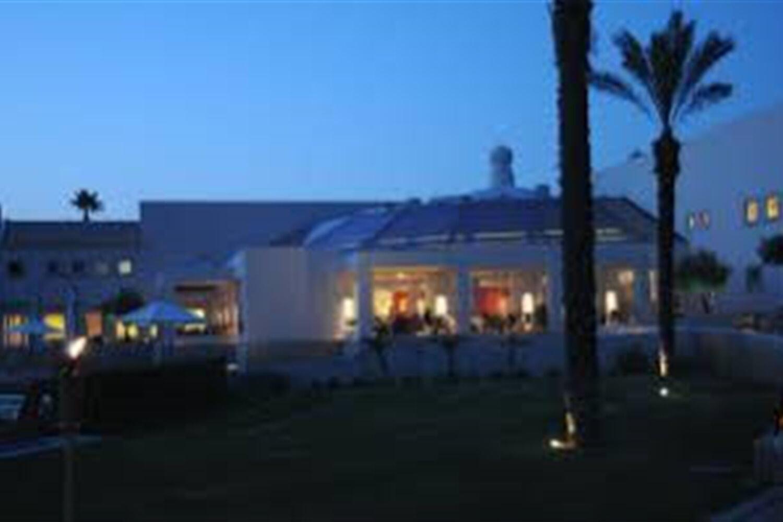 Отель 2 BR Townhouse - AVA 1132