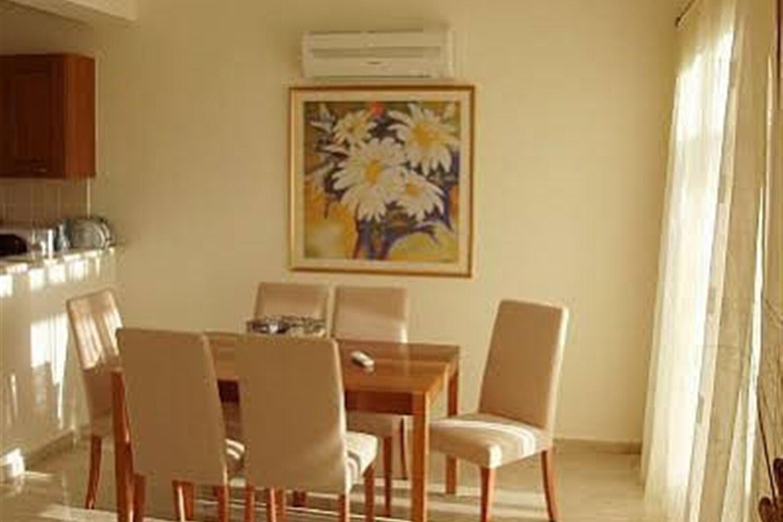 Отель 2 BR Villa Kornos - APH 3564