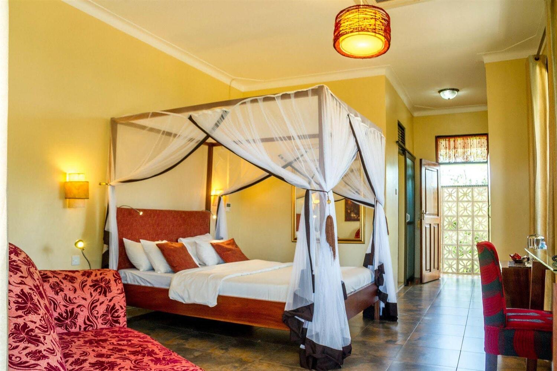 Отель 2 Friends Entebbe