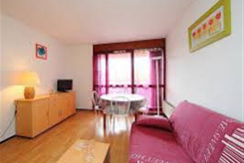 Отель 2-room apartment 27 m2 on 1st floor - INH 31128