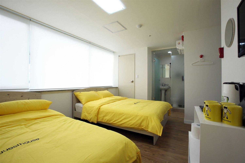 Отель 24 Guesthouse Namsan