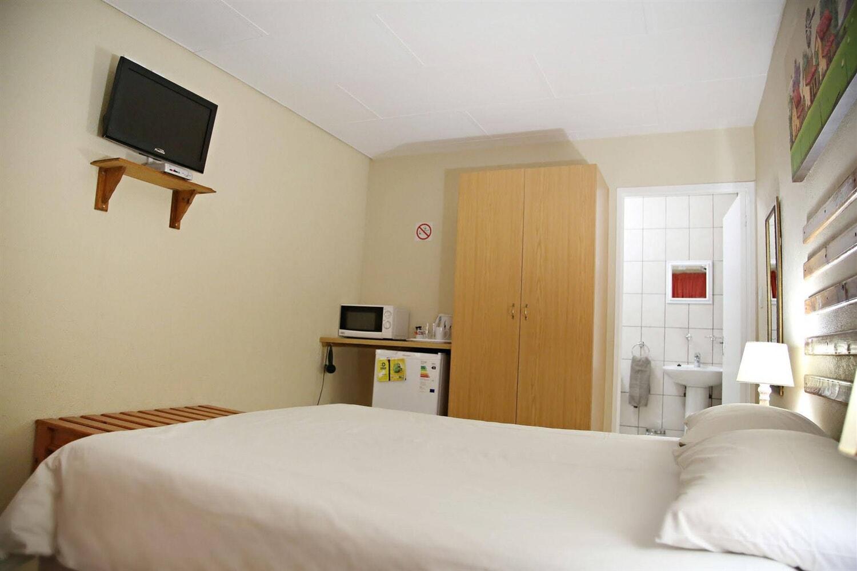 Отель 35 Kelkiewyn B&B