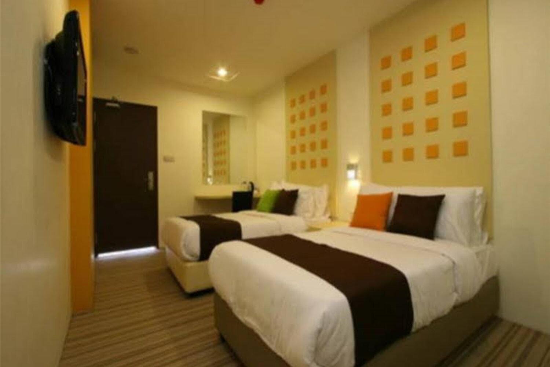 Отель 360 Xpress Citycenter Budget Boutique Hotel