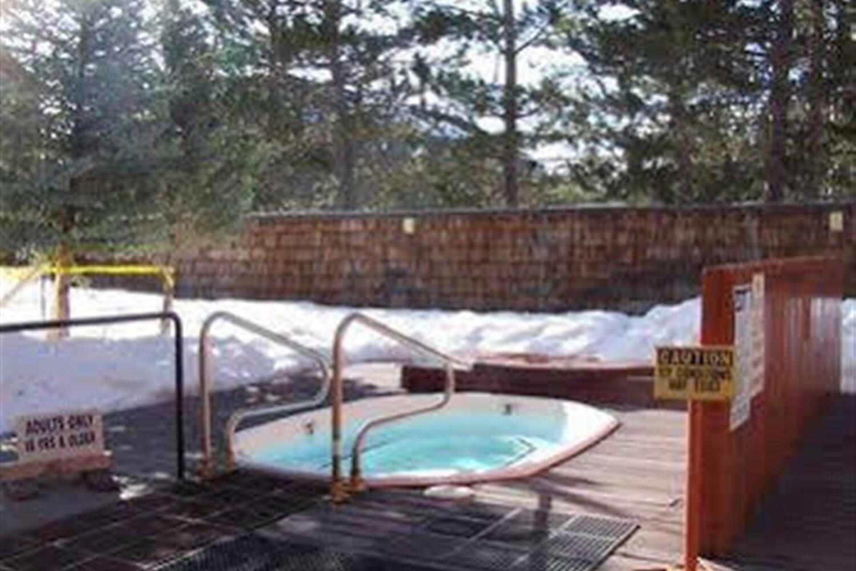 Отель 555 Tahoe Keys 6