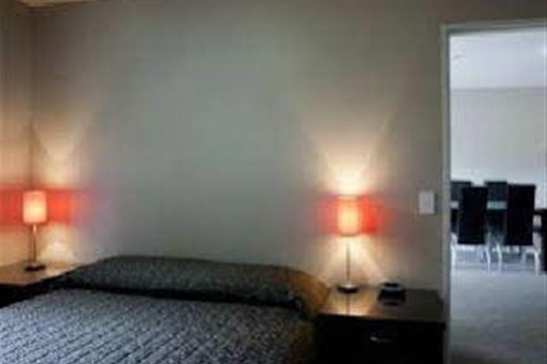 Отель 58 On Cron Motel