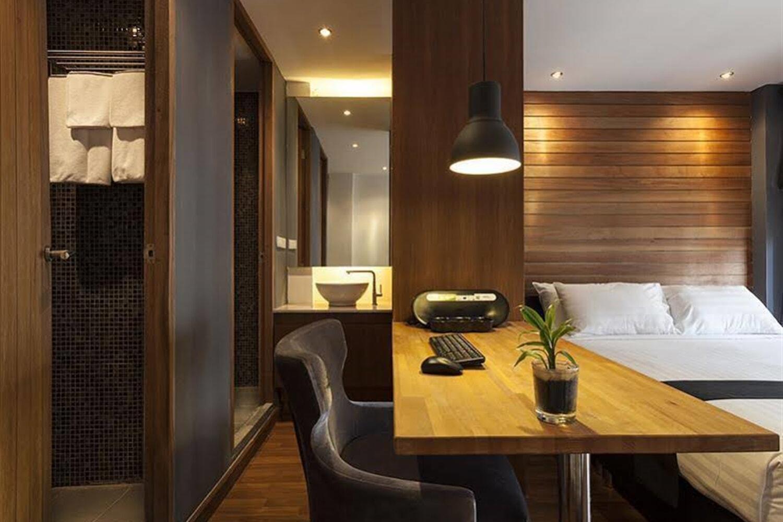 Отель 5ive Beach House Hotel