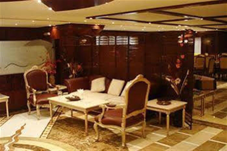 Отель Abu Dhabi Plaza Hotel Apartments