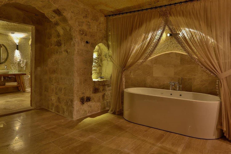 Отель Acropolis Cave Suites