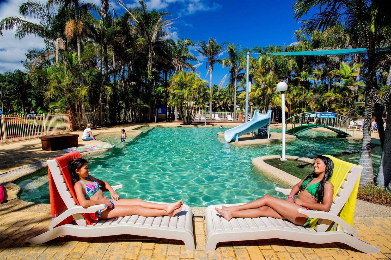 Отель Active Holidays One Mile Beach