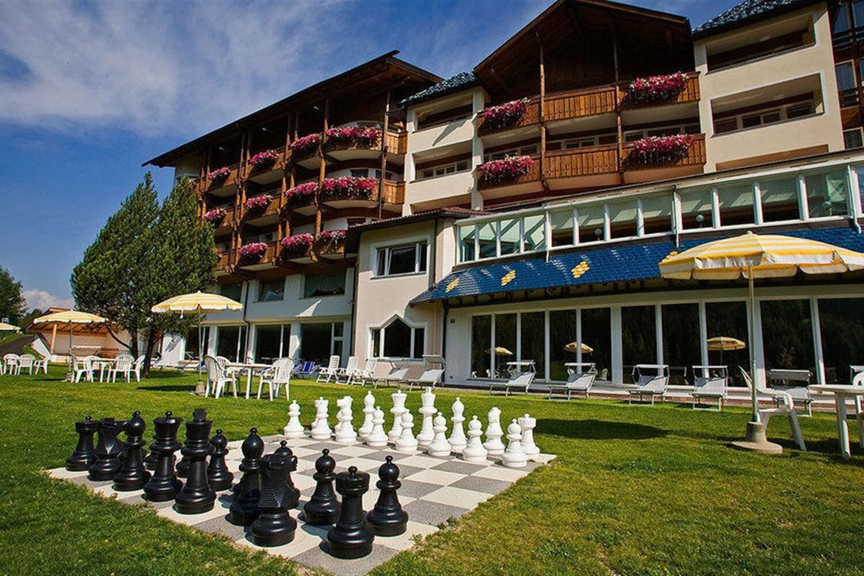 Отель Active Wellnesshotel Diamant