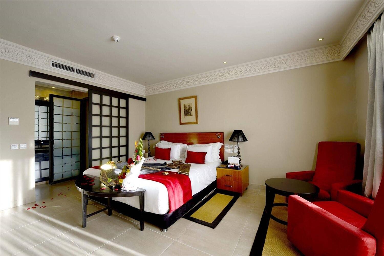 Отель Adam Park Hotel & Spa