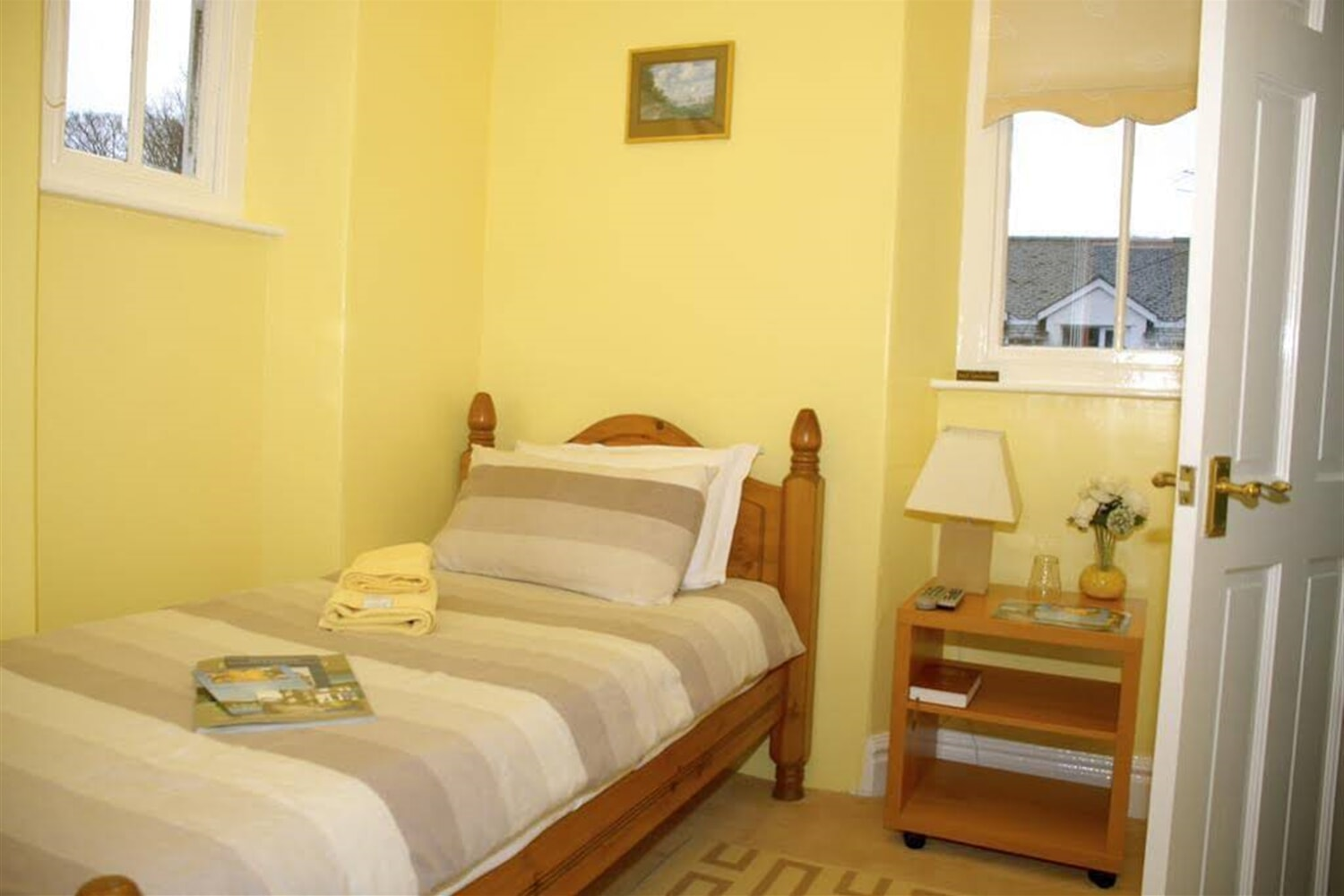 Отель Adam Place Guest House