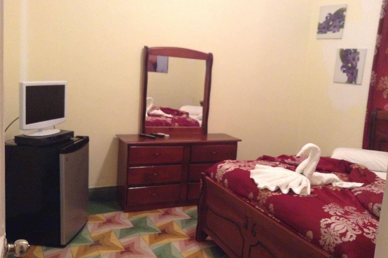 Отель Adam Suites