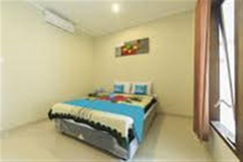 Отель Airy Legian Dewi Sri Manoa Kuta Bali