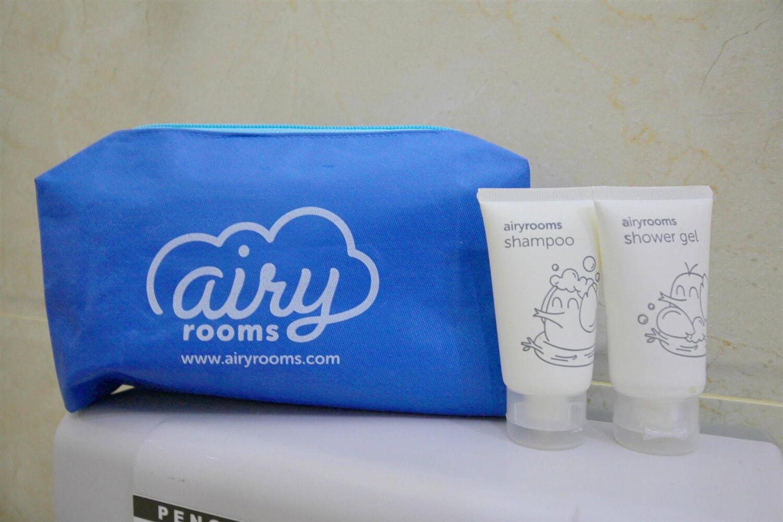 Отель Airy Penuin Center Batam