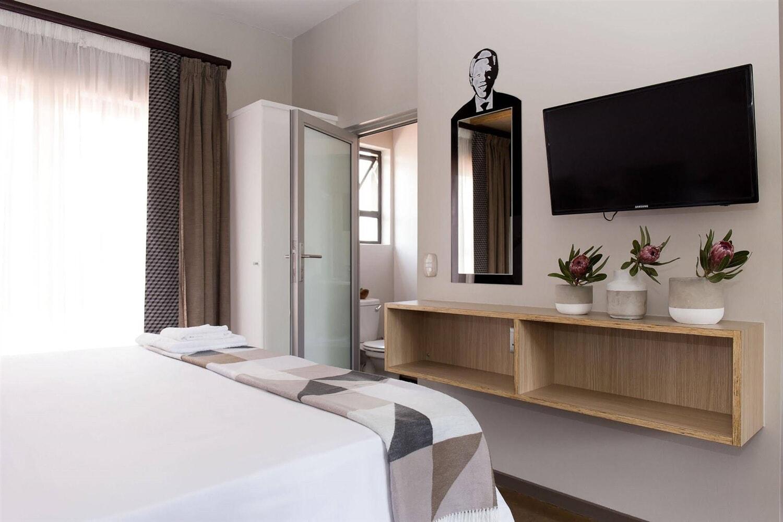 Отель Akanani Apartments