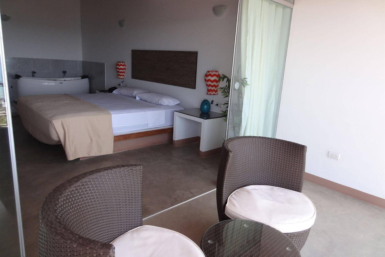 Отель Akas Apartamentos
