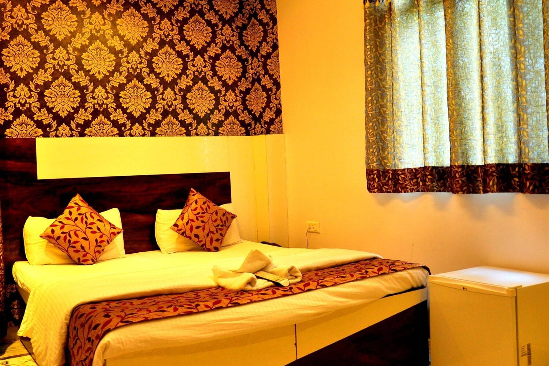 Отель Akash Continental