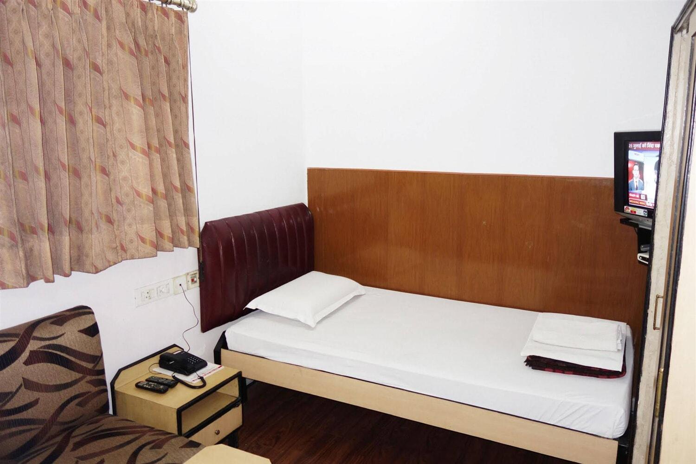 Отель AKASH GANGA