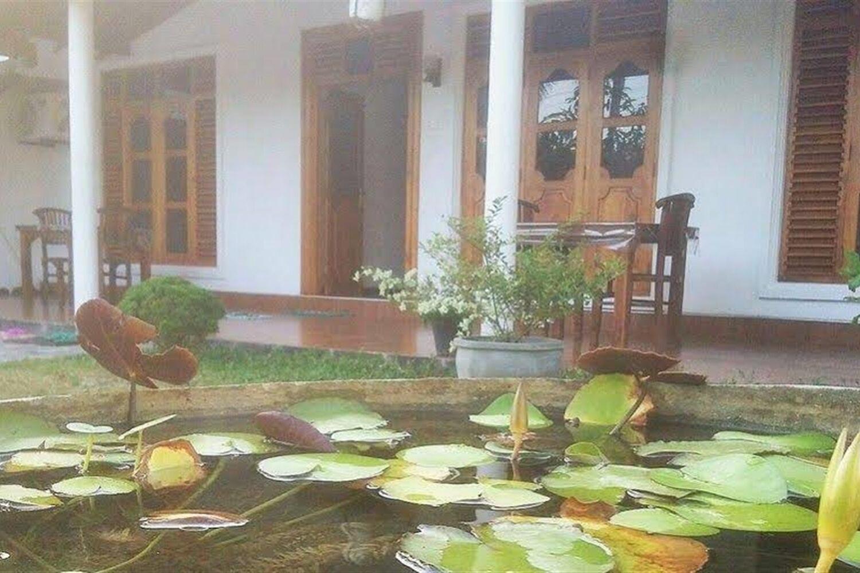 Отель Akash Villa