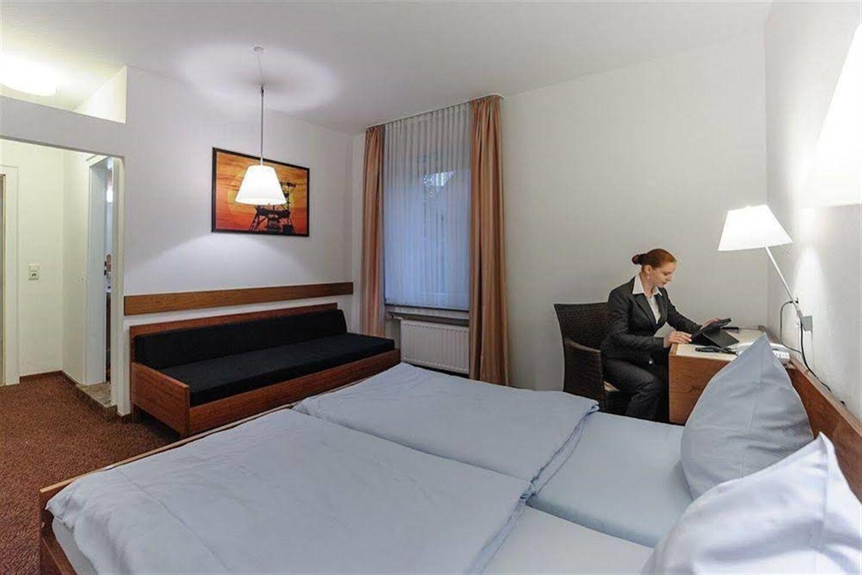 Отель Akzent Hotel Böll Essen