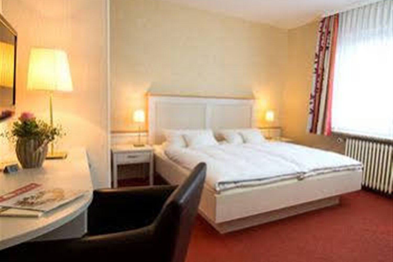 Отель Akzent Hotel Dorn