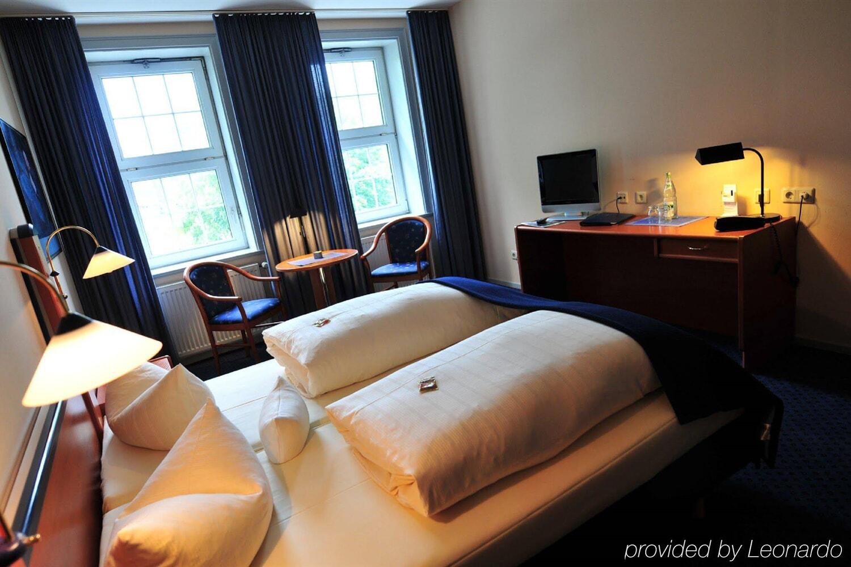Отель Akzent Hotel Goldene Krone