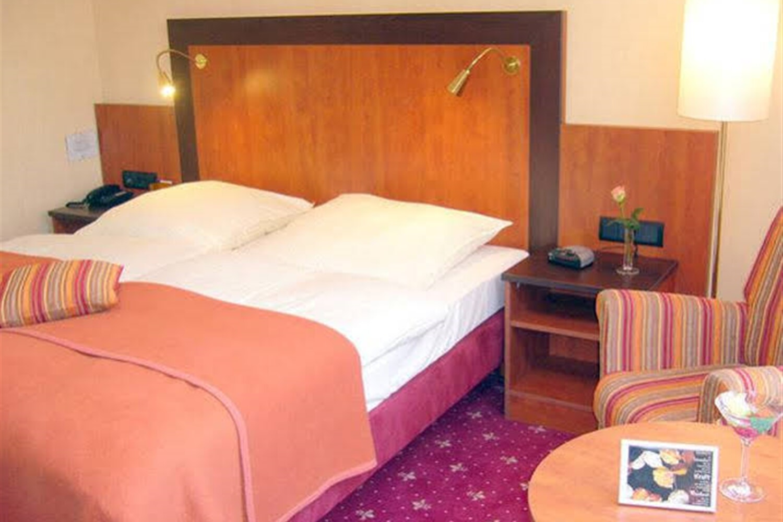 Отель Akzent Hotel Strandhalle