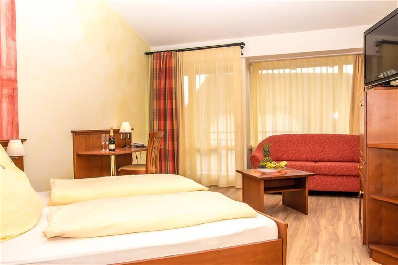 Отель Akzent Hotel Wirthshof