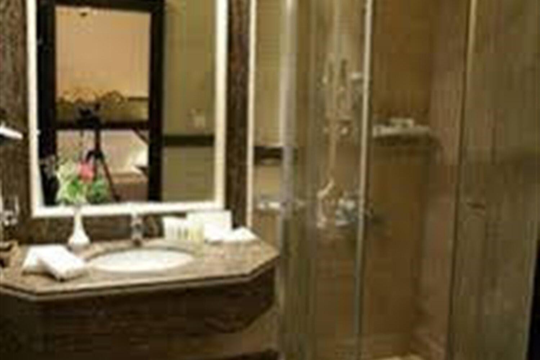 Отель Al Khozama Manazel Al Ain
