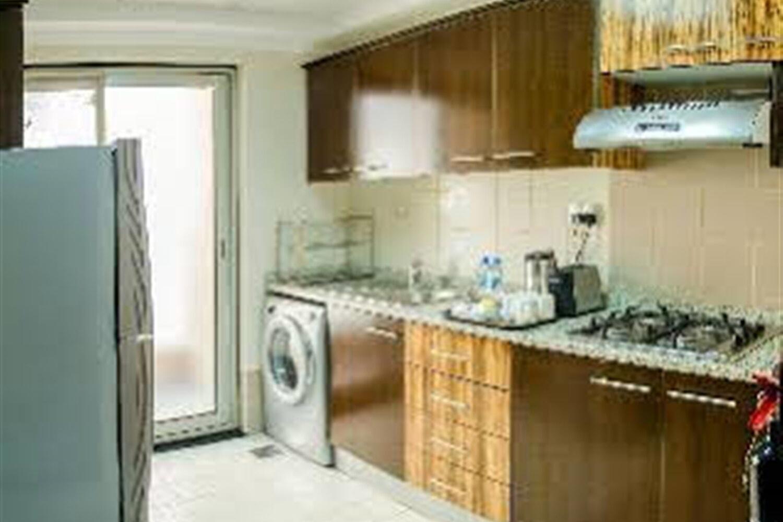 Отель Al Majaz Premiere Deluxe Apartments