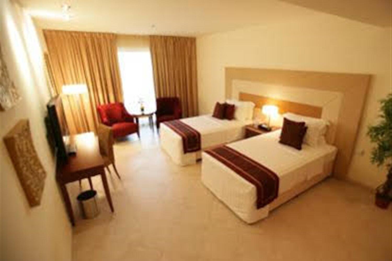 Отель Al Manar Grand Htl Apt